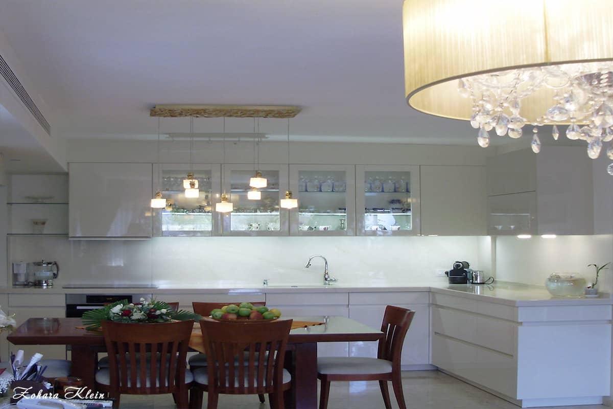 דירת יוקרה בגבעתיים עיצוב מטבח לפנטהאוז