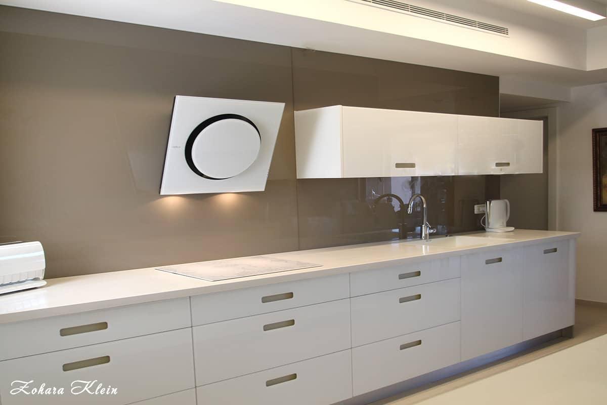 עיצוב מטבח מודרני - מטבח לבן זכוכית