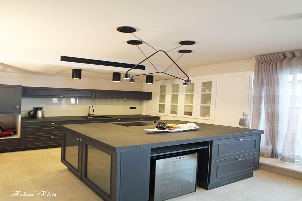 תאורה שחורה מודרנית לאי במטבח