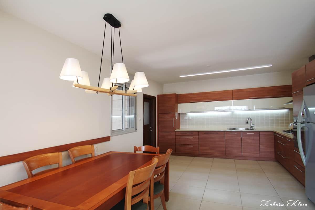 תאורה משולבת למטבח עם פינת האוכל