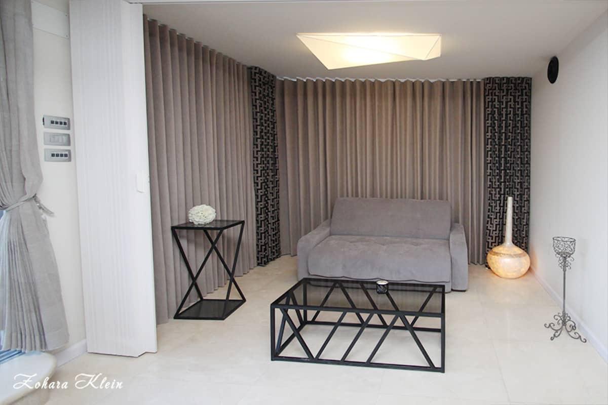 עיצוב פנים חדר במלון כרמל בנתניה
