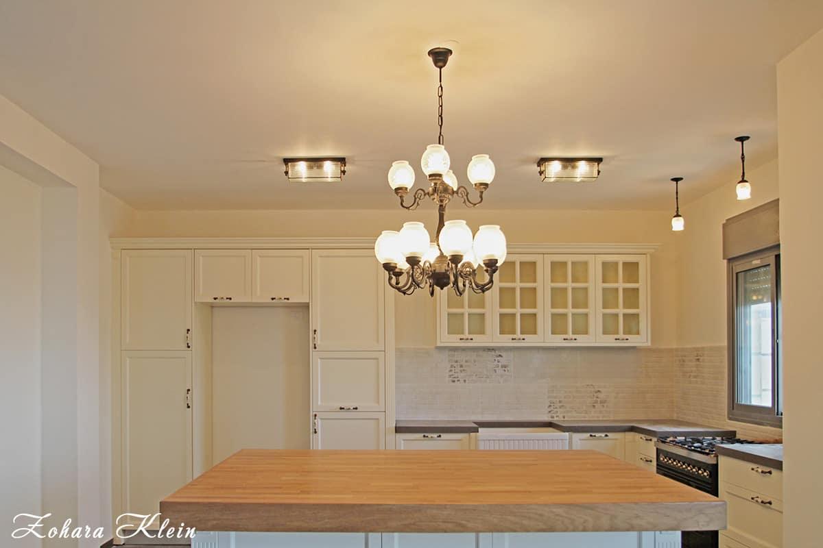 עיצוב תאורה מטבח פרובנס