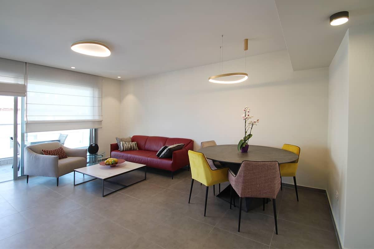 תאורה מודרנית לסלון