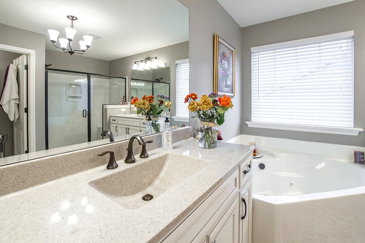 עיצוב חדר אמבטיה מסוגנן